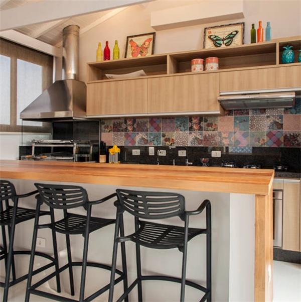 Biarari e Rodrigues Arquitetura e Interiores: rustik tarz tarz Mutfak